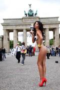 http://img263.imagevenue.com/loc96/th_077853672_micaela_schaefer_eurocup_2012_123_96lo.jpg